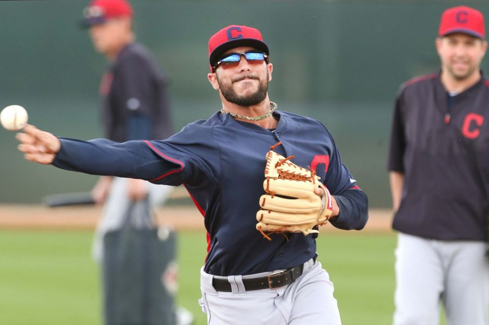 Detroit Tigers agree to deal with utilityman Mike Aviles