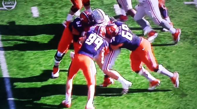 Illinois Had To Resort To TRIPLE Teaming Joey Bosa In Order To Try And Slow Him Down