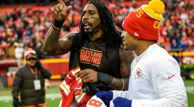 Dwayne Bowe Being Named A Team Captain For Yesterday's Game Is Really Really Dumb